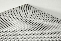 4mm孔径直排式穿孔铝板