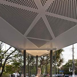 展厅外立面装饰穿孔铝板案例