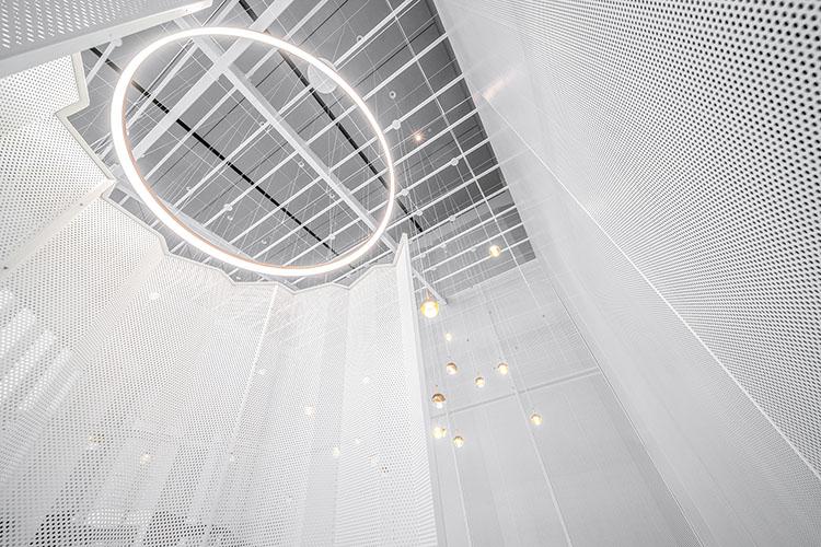 圆孔穿孔铝板装饰网
