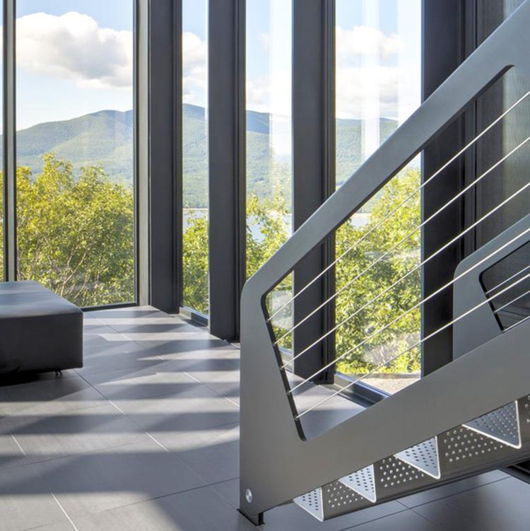 穿孔铝板楼梯踏板