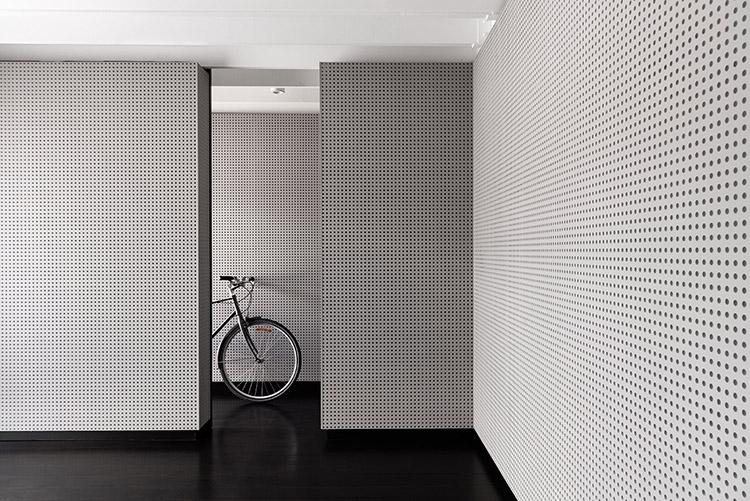 墙面白色烤漆穿孔铝板加工